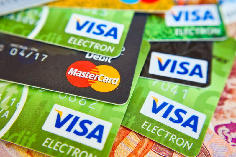 The HKMA on Credit Cards :Trending, Hong Kong's decline in credit cards